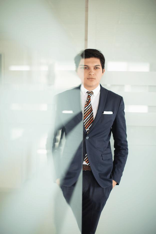 Luis Ángel Salas Navarro-Asociado | CRS Legal